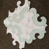 Blanco de Carrara con el mosaico de cristal del mármol de la calidad Waterjet, buena