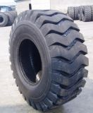 China Factory Armure off The Road Tire Bias OTR Pneu Loader OTR Tire 67.5 / 60-51 50 / 65-51 L5 Modèle