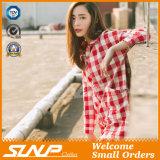 Vrouwen Twee het Zakken Dichtgeknoopte Overhemd van de Plaid van het Geruite Schotse wollen stof van Manchetten
