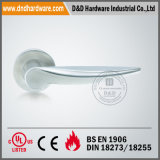En1906 Solid Lever Handle sur Rose