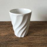 Pequeño crisol de cerámica Twisted de Hotsale para la flor