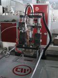 En el interior de la manija del remiendo del pegamento bolsa que hace la máquina ( CW- 800NJT )