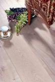 Plancher en bois multicouche avec la peinture UV