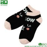 Носки лодыжки женщин шаржа оптовые изготовленный на заказ