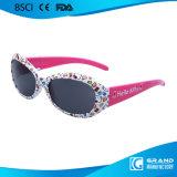 Le modèle de mode badine des lunettes de soleil pour des garçons de bébé d'enfants