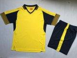 Het aangepaste die Voetbal Jersey van de manier in China wordt gemaakt