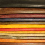2017靴の家具(E6086)のための熱い販売の柔らかい耐久財PUの総合的な革