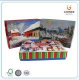 サンタクロースは内部の備品が付いているペーパーギフト用の箱を印刷した