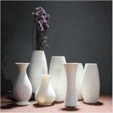 In het groot Vaas van de Bloem van het Porselein van de Prijs van de Fabriek Diverse Elegante Witte Ceramische