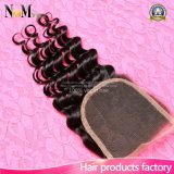 マレーシアの巻き毛のバージンの毛のねじれた巻き毛の自然な人間の毛髪の卸売のレースの閉鎖