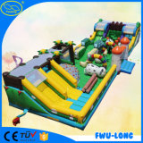 Castello gonfiabile del parco di divertimenti della tela incatramata dell'OEM 0.55 millimetro Pcv