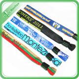 Новые 2017 Wristbands способа изготовленный на заказ цветастых сплетенных для случаев празднества