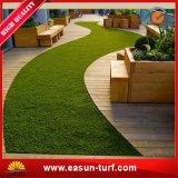 Estera artificial de la hierba del césped del jardín