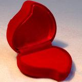빨간 복숭아 모양 보석함