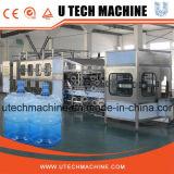 Impianto di imbottigliamento controllato automatico dell'acqua potabile 5L del PLC