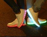 2017 il nuovo modo LED calza all'ingrosso con il prezzo competitivo