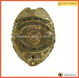 Nós emblema gravado emblema do número do ouro da proteção da força da marinha e o conhecido (JINJU16-041)