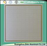 簡単なアルミニウム天井は&Aluminumの合成物のパネルをタイルを張る