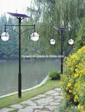 Lumière solaire de jardin de double bras avec 4m Pôle léger