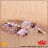 Rectángulos de regalo de lujo de la suposición del alto grado con diseño de los puntos