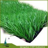 Erba artificiale esterna dell'interno di gioco del calcio ad alta densità