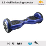 """Individu du classique multicolore 6.5 """" équilibrant le scooter électrique avec le caoutchouc de silicones"""