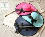 2017 nuevo diseño de moda Doblado sombreros de paja con la cinta para el verano