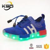 La meilleure lumière DEL de qualité d'amende de la vente 2016 chausse l'usine de la Chine de chaussures de sport de chaussures de mode de gosses