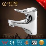Las mercancías sanitarias del mejor precio escogen el mezclador chino del lavabo de la maneta (BM-10021)