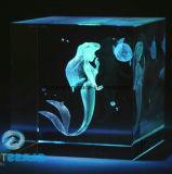 cubo cristalino en blanco grabado laser 3D K9 para el recuerdo