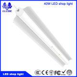 Enchufe y luz del departamento del garage LED del juego, luz comercial del departamento de la iluminación 5000k los 8FT LED del LED