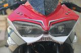 bicicleta de competência poderosa do esporte da motocicleta 350cc com os olhos bonitos da cor vermelha