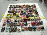 Сортированная используемая фабрика обувает перекупные ботинки для сбывания