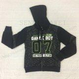子供の男の子の標準的なスポーツはスクエア6311子供の衣服のためのHoodiesのファスナーを締める