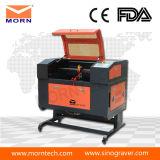 Máquina de grabado de escritorio del laser de las ventas calientes mini con el Ce FDA