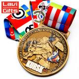 De nieuwste Promotie Goedkope 3D Douane maakt tot de Legering van het Zink de Antieke Toekenning van de Sport van het Gouden Plateren Zacht Email om de Medaille van het Metaal