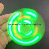 Bluetooth 스피커 LED 가벼운 저속한 장난감 입방체 세 배 Fidgit 핑거