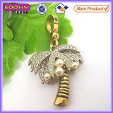 De goud Geplateerde Charme #14887 van de Palm van het Bergkristal