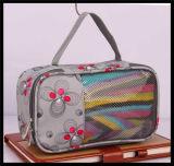 普及した旅行洗面用品のパッキング化粧品袋