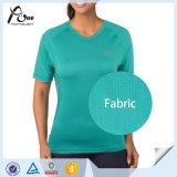 Sport asciutti rapidi che coprono usura di sport delle magliette delle donne
