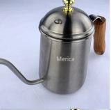 木製のハンドルのステンレス鋼の長いリップのコーヒー鍋