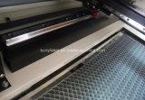 Gravure de laser des glisseurs 50W /60W et machine de découpage extérieures