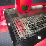 Автомат для резки лазера волокна стали углерода пробки/плиты металла CNC с Ce