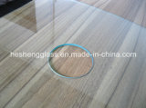 8mm Square Clear Toughened Glass avec Holes