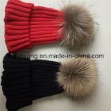 100%Acrylic chapeaux tricotés par Beanie bon marché de la fourrure POM POM