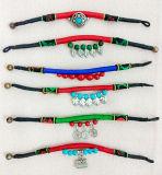 Mischfarben-handgemachtes exotisches Böhmen-Armband