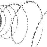China-galvanisierter Ziehharmonika-Rasiermesser-Draht-Großhandelszaun (RWF)