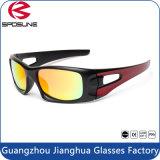 Occhiali di protezione all'ingrosso di sport di sicurezza dell'obiettivo dello specchio di modo della Cina i nuovi hanno polarizzato gli occhiali da sole sportivi superiori protettivi UV di Eyewear