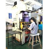 Estampant des pièces fournies par les constructeurs chinois