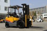 o Forklift de 2.5t LPG com os motores de Nissan K25 vende por atacado em Dubai